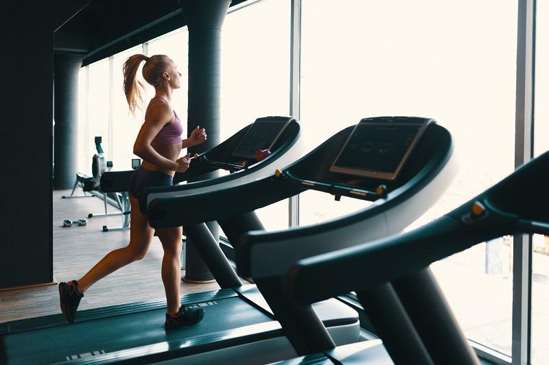 Czym jest oraz jakie korzyści płyną z treningu cardio?